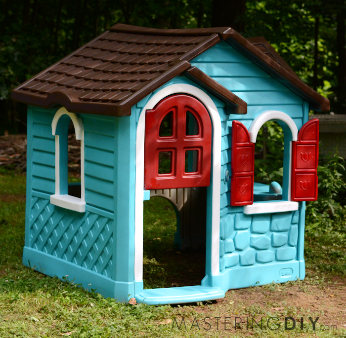 Do it yourself painted playhouse makeover homemaking rebel painted playhouse makeover solutioingenieria Image collections